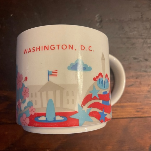 Starbucks~ D.C. cup